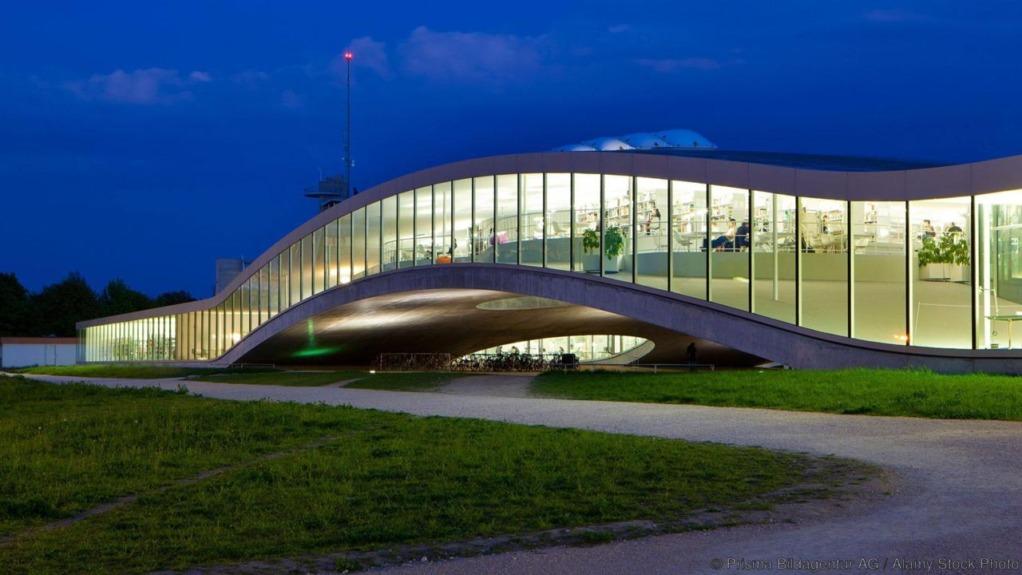 C8GX47 Lausanne, university, Switzerland, Europe, canton, Vaud, Rolex, Learning centre, building, construction, building, architecture,